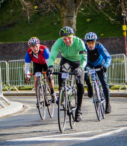 Approaching the finish in the Etape loch Ness