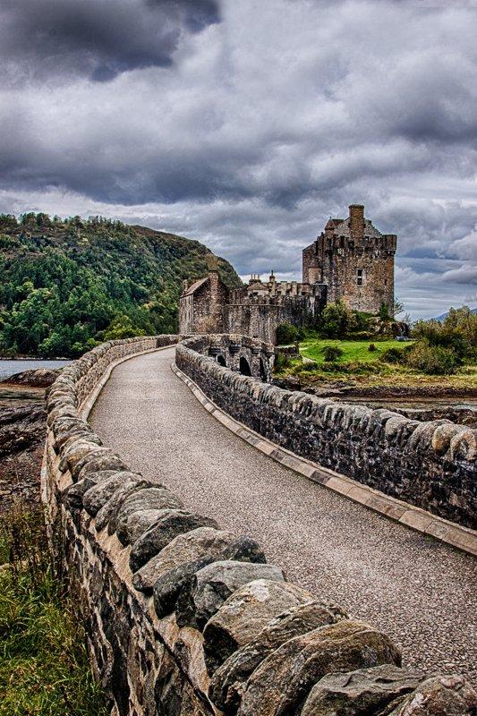 The bridge to Eilean Donan Castle